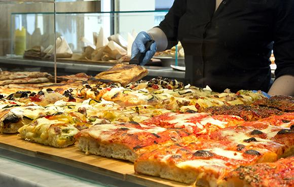 quiches, pizzas